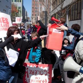 Marche des mères en colère et solidaires