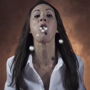 Art, femmes, violence, théories féministes: une rencontre avec hybris.théâtre